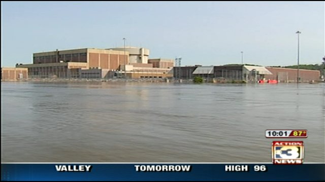 Flooding at Fort Calhoon Nuclear Plant June 2011