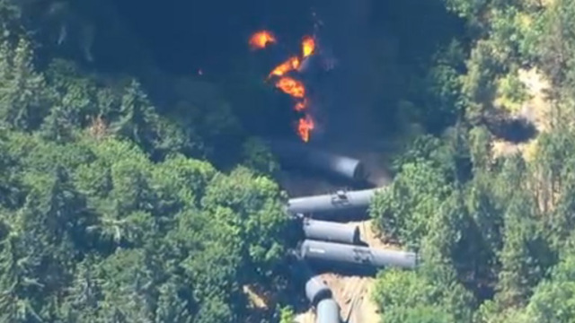 KOIN_oregon_train_derail_060316
